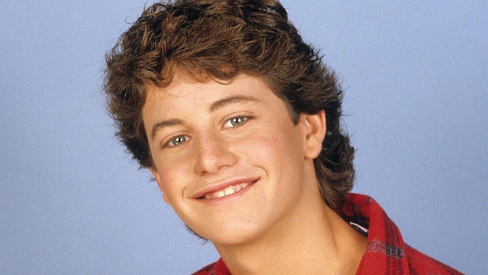 Kirk Cameron sonriendo