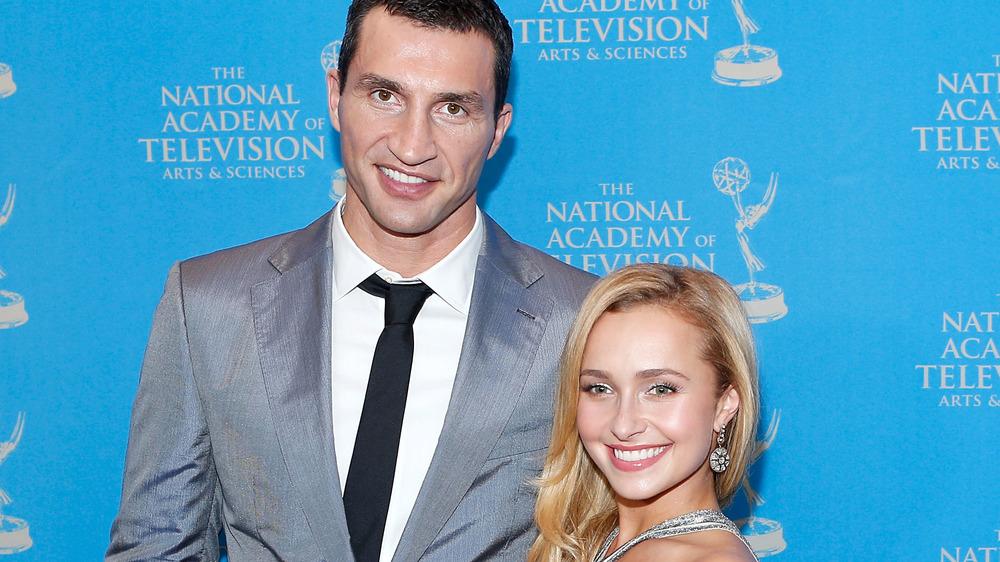 Wladimir Klitschko, Hayden Panettiere sonriendo