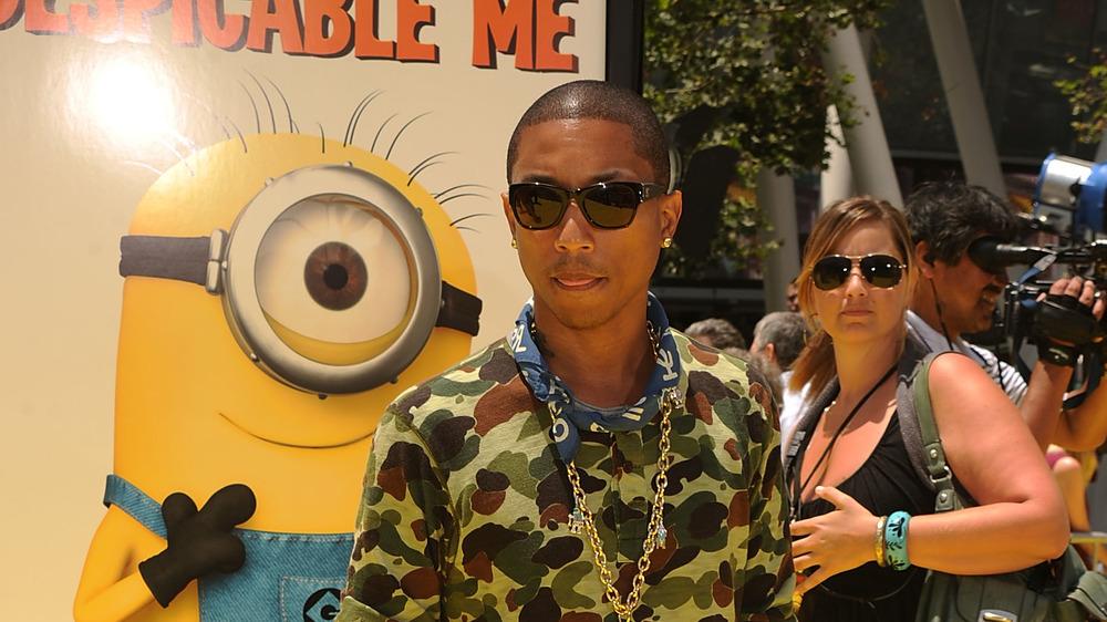 Pharrell Williams en el estreno de Despicable Me