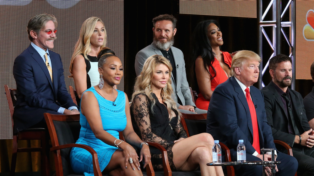 Geraldo Rivera y Donald Trump en una foto grupal de NBC