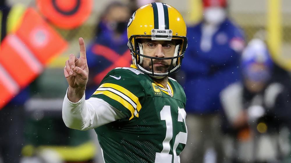 Aaron Rodgers aparece en el juego Divisional de la NFL en enero de 2021
