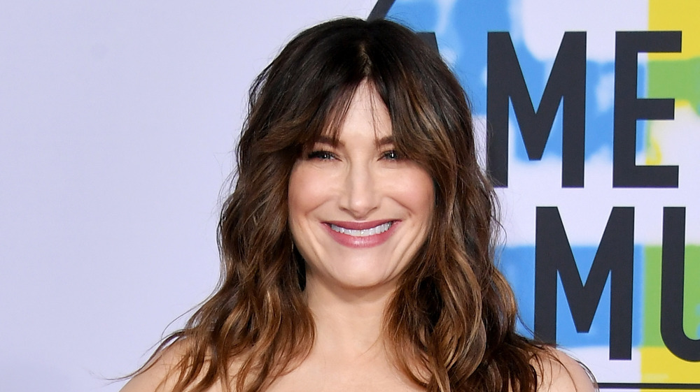 Kathryn Hahn en los American Music Awards