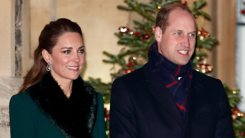 Kate Middleton y el príncipe William sonriendo