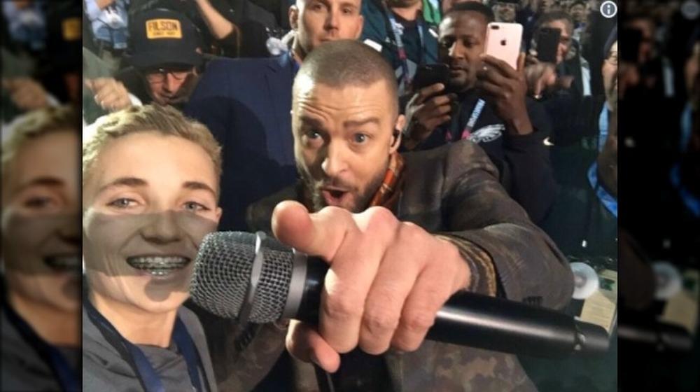 Selfie Kid Ryan McKenna con Justin Timberlake