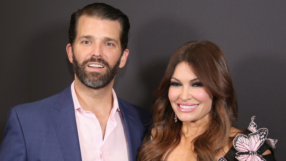 Donald Trump Jr. y Kimberly Guilfoyle posan juntos