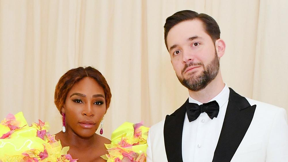 Serena Williams y Alexis Ohanian Sr. se ven serias