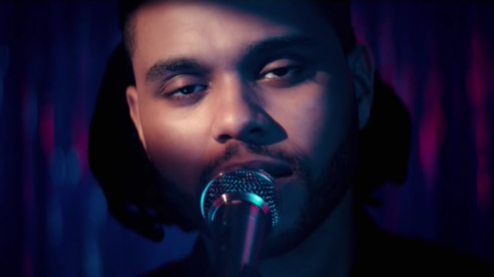 The Weeknd en su video Can't Feel My Face