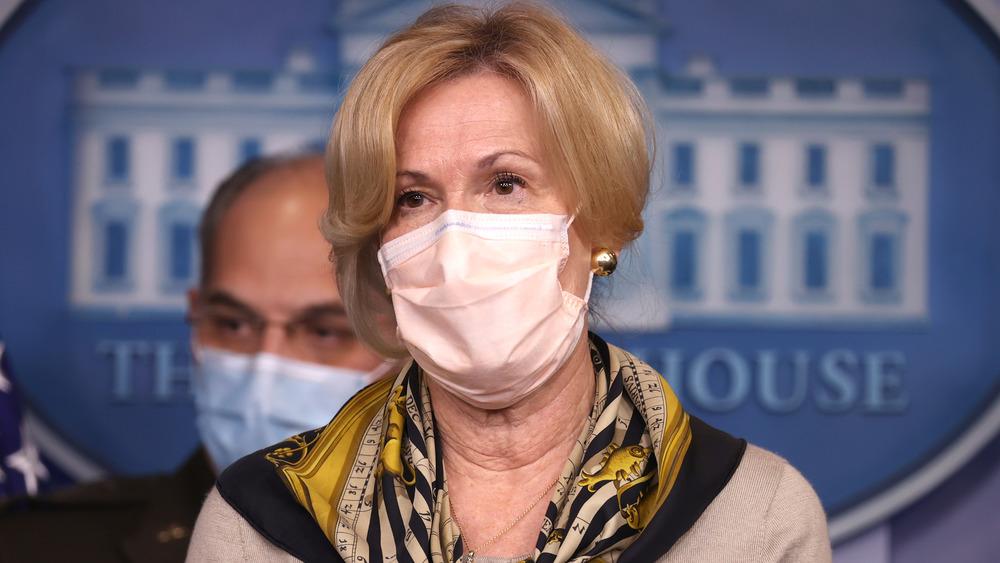 Dr. Birx en la sesión informativa sobre el coronavirus de la Casa Blanca