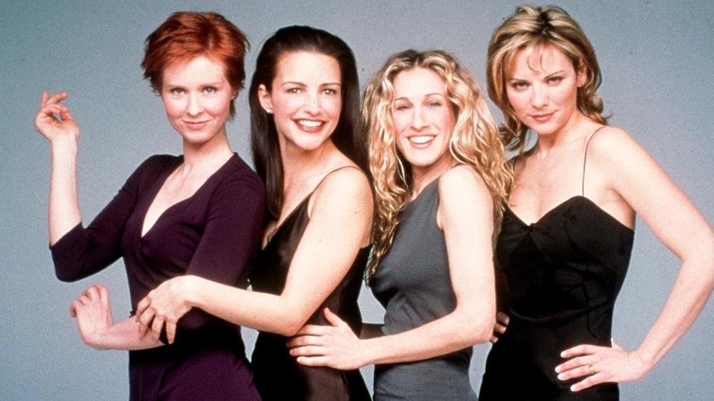 "Cynthia Nixon, Kristin Davis, Sarah Jessica Parker y Kim Cattrall posando ""Sex and the City"""