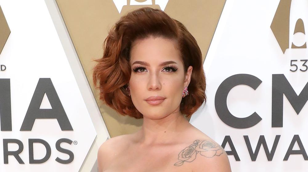 Halsey en los premios CMA