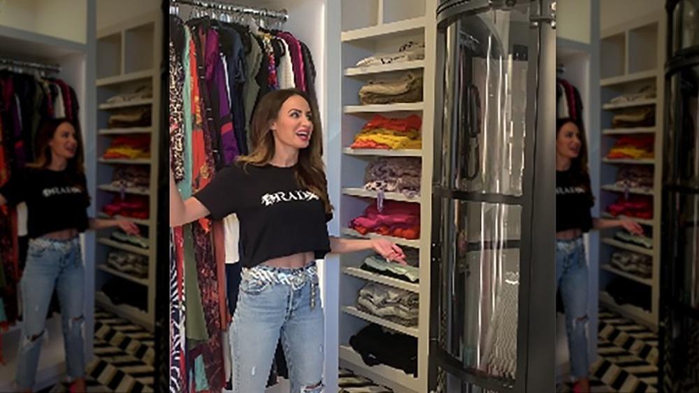 Samantha Busch muestra su armario