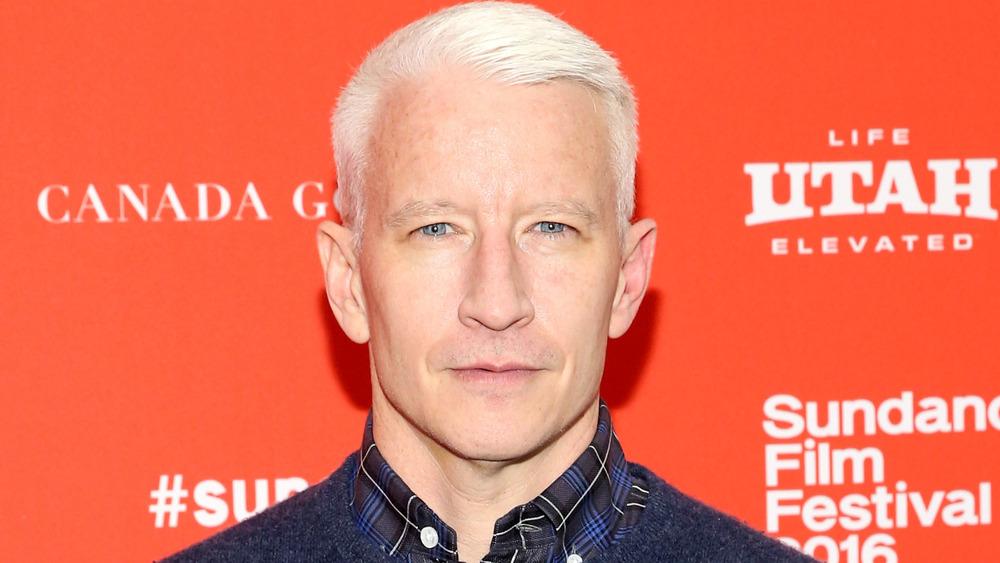 Anderson Cooper en la alfombra roja