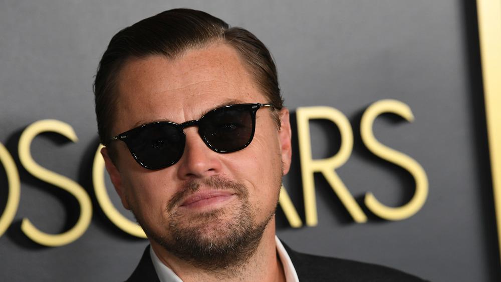 Leonardo DiCaprio asiste a los Oscar