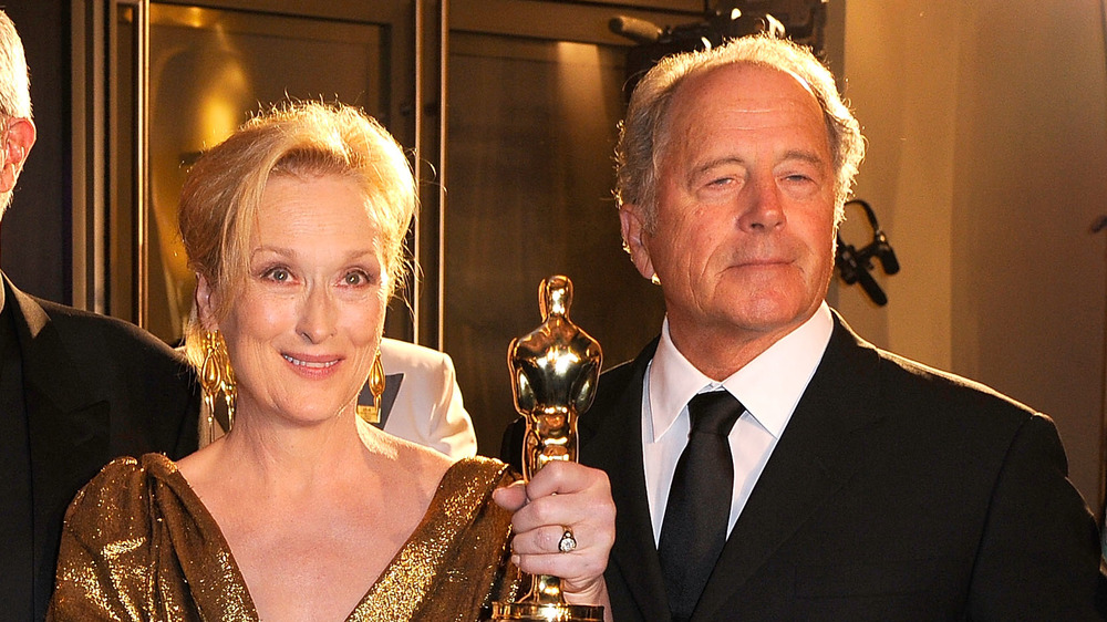 Meryl Streep y Don Gummer posando en la entrega de premios