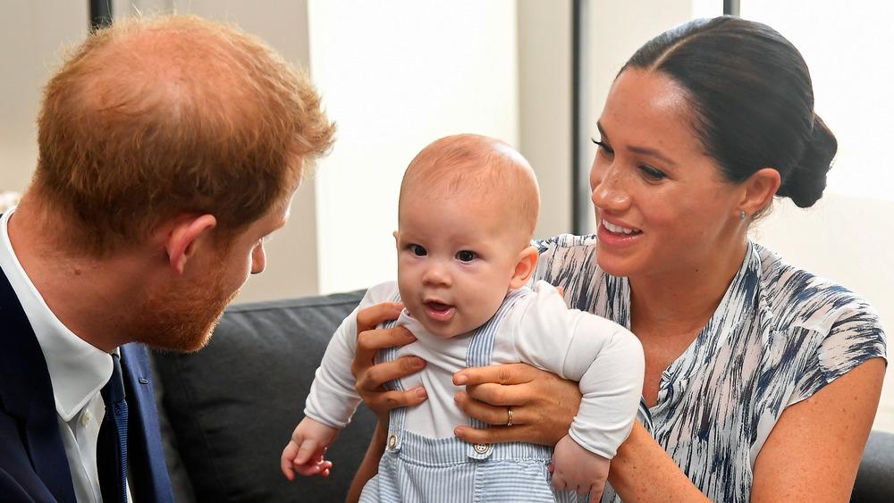 Meghan Markle con el príncipe Harry y su hijo Archie