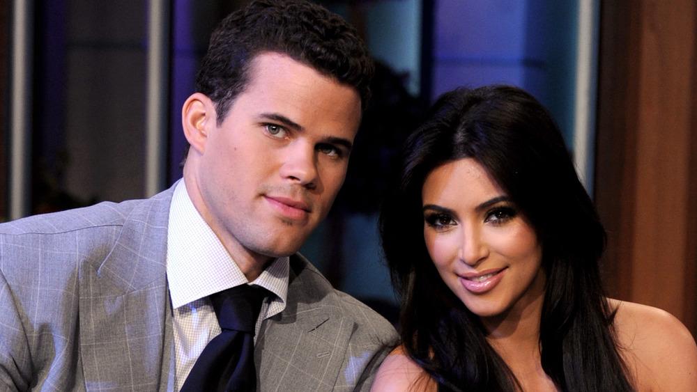 Kris Humphries y Kim Kardashian se acercan el uno al otro