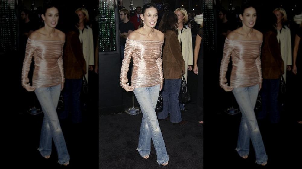 Demi Moore en el estreno de una película en jeans