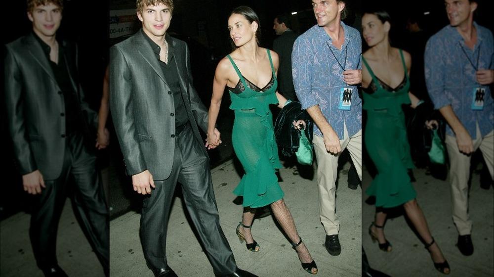 Ashton Kutcher y Demi Moore en una fiesta posterior