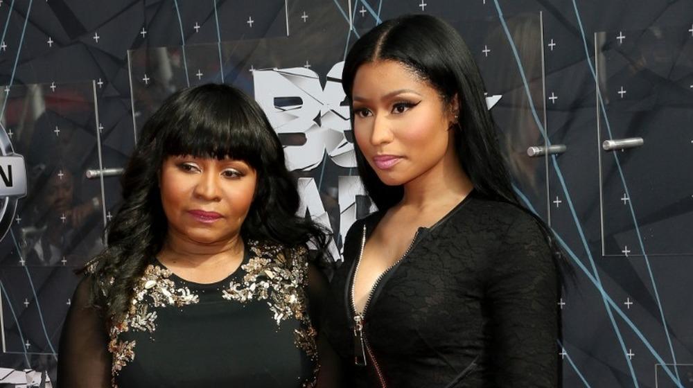 Nicki Minaj y su madre Carol Maraj