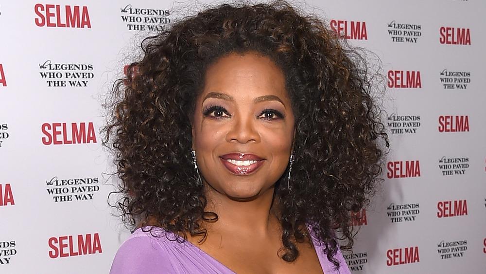 Oprah Winfrey en la alfombra roja