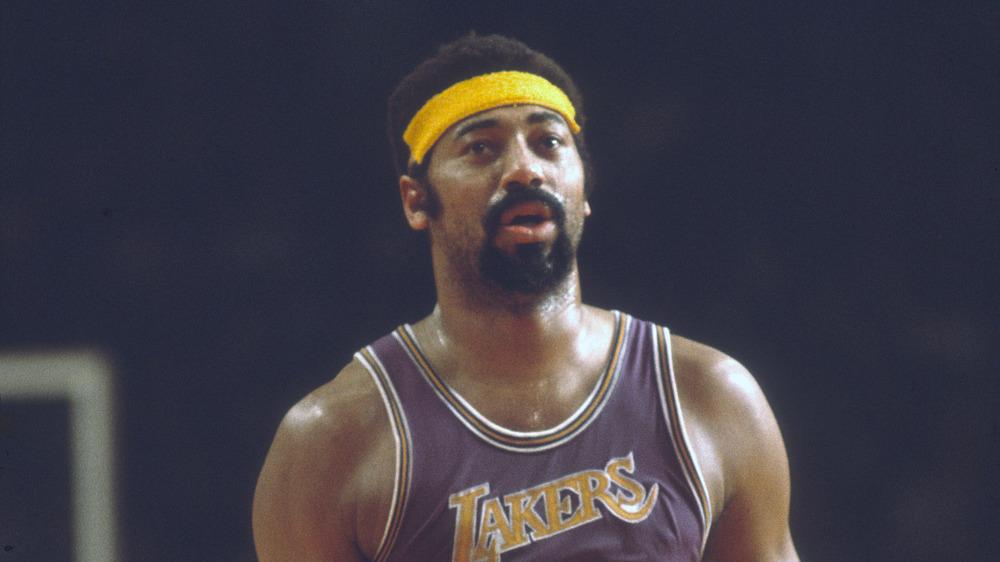 Wilt Chamberlain jugando para Los Angeles Lakers