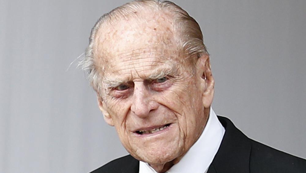 El príncipe Felipe con expresión seria