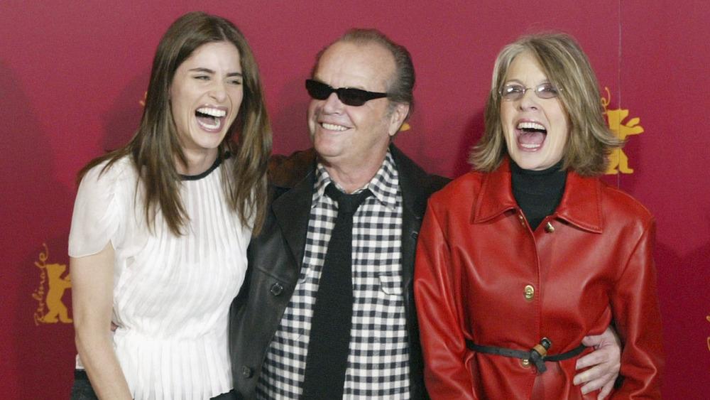 Jack Nicholson con Amanda Peet y Diane Keaton, todos riendo