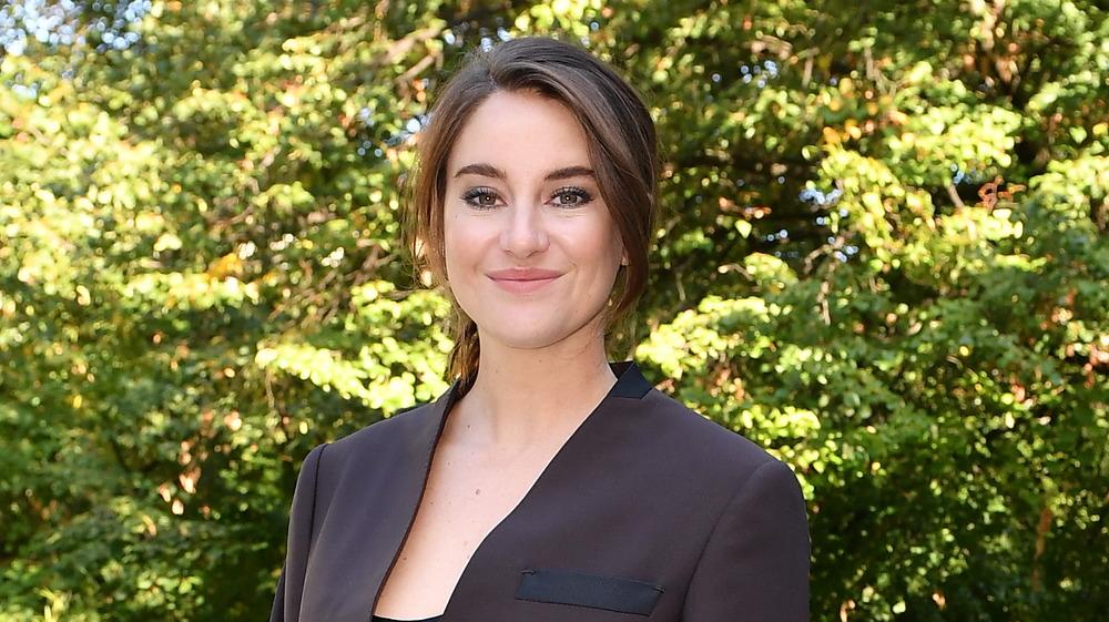 Shailene Woodley sonriendo