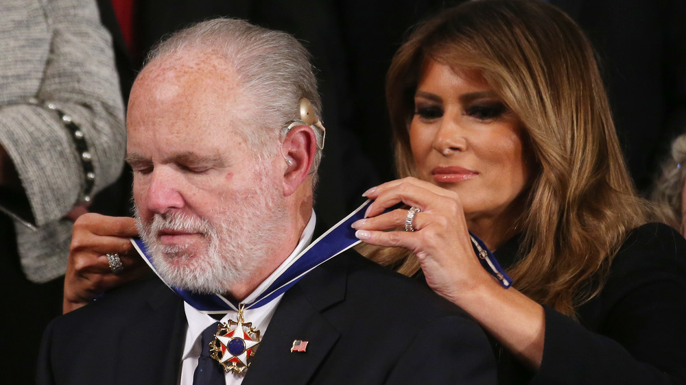 Rush Limbaugh recibiendo la Medalla de la Libertad