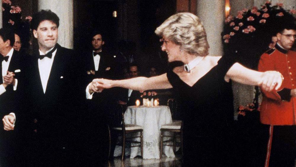 John Travolta baila con la princesa Diana en 1985