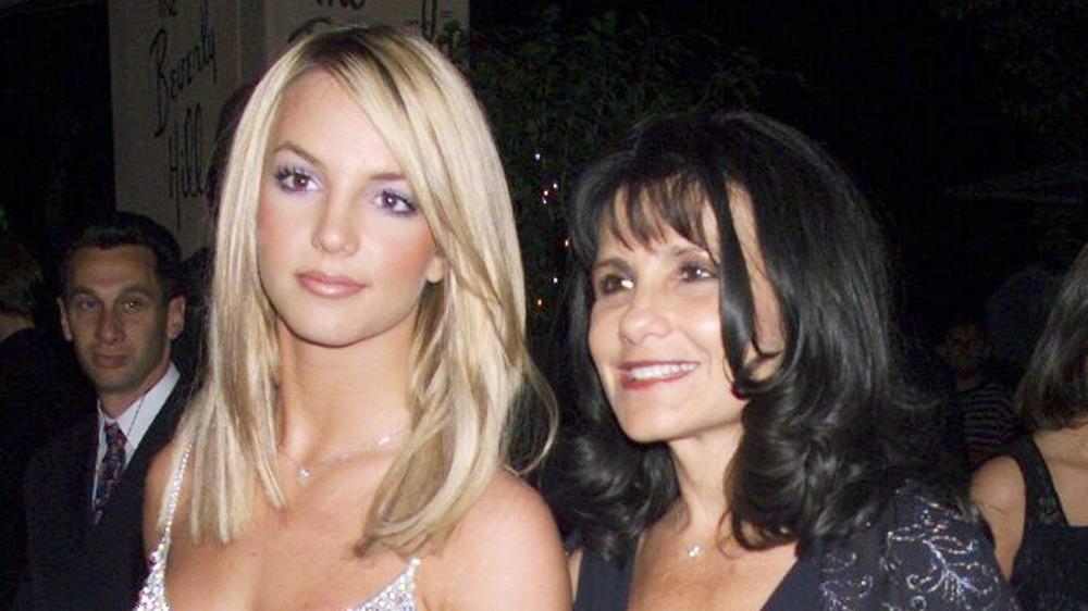 Britney y Lynn Spears llegan a un evento de Hollywood
