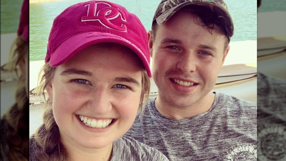Kendra y Joe Duggar posan para una selfie