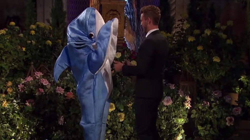 Alexis Waters y Nick Viall en The Bachelor
