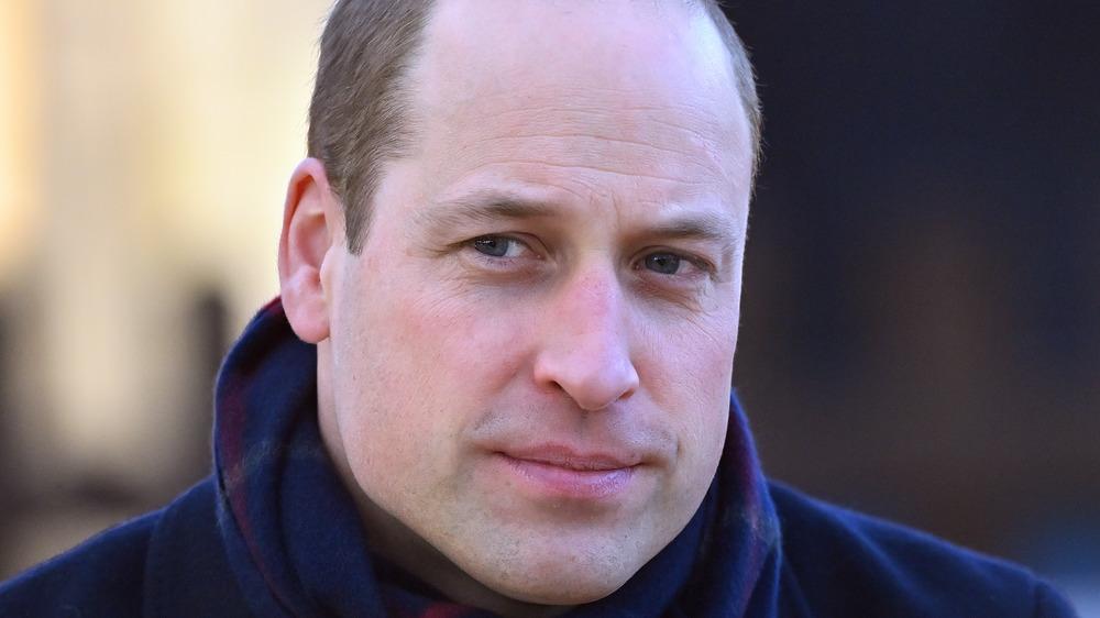 Primer plano del príncipe William