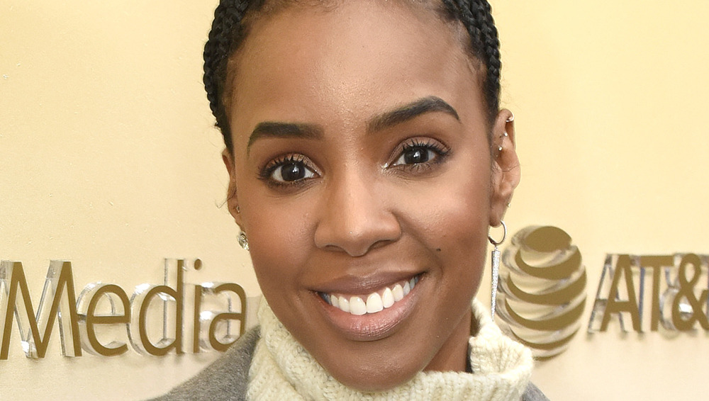 Kelly Rowland sonriendo
