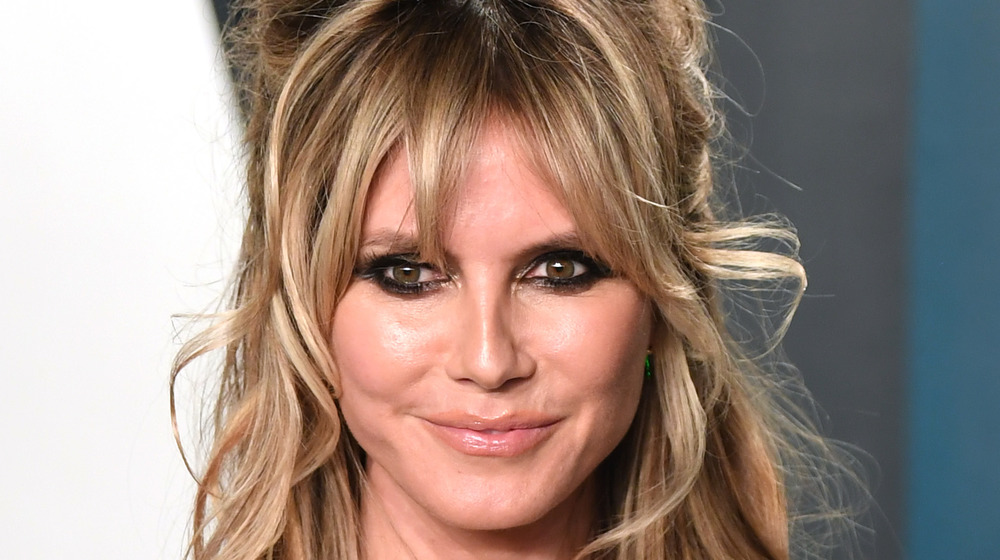 Heidi Klum sonriendo