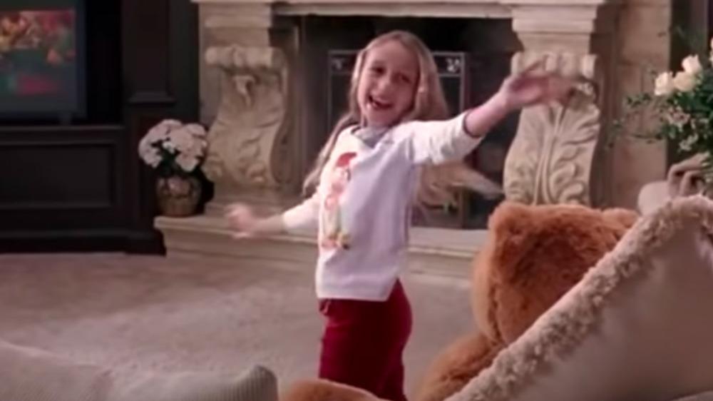 Nicole Crimi como Kylie George en Chicas malas