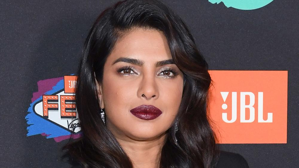 Priyanka Chopra en la alfombra roja