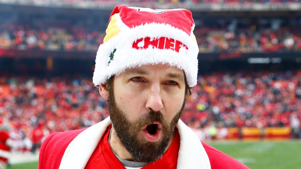 Paul Rudd animando a los Kansas City Chiefs