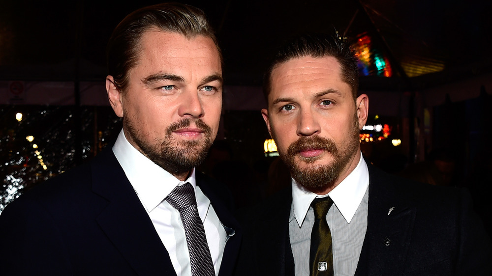 Tom Hardy y Leonardo DiCaprio en la alfombra roja