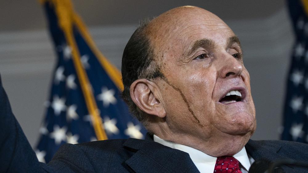 Rudy Giuliani hablando
