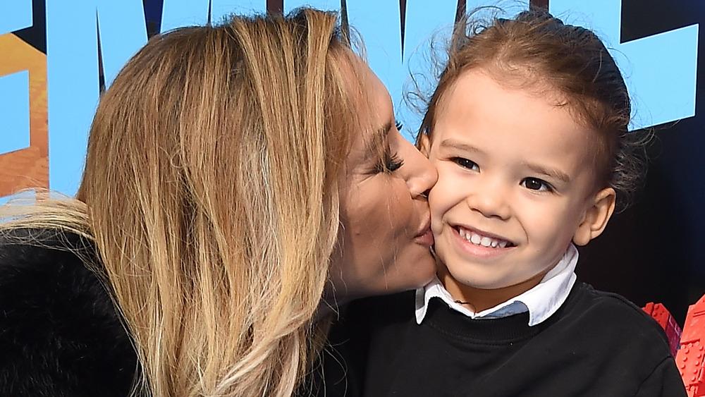 Naya Rivera besa a su hijo Josey Hollis Dorsey