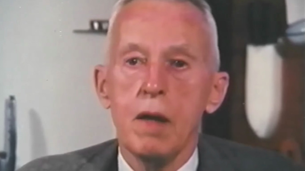 Bill Wilson hablando