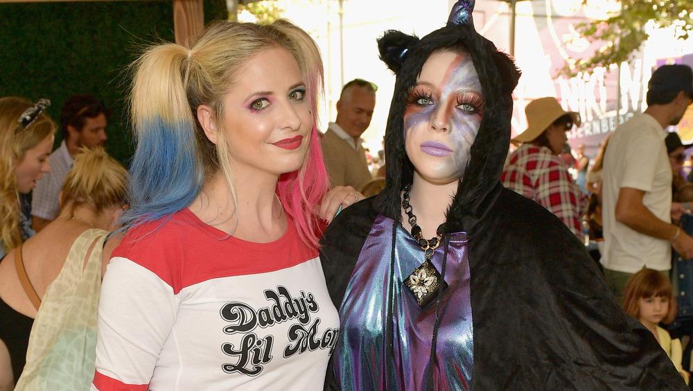 Sarah Michelle Gellar y Michelle Trachtenberg se disfrazaron para Halloween