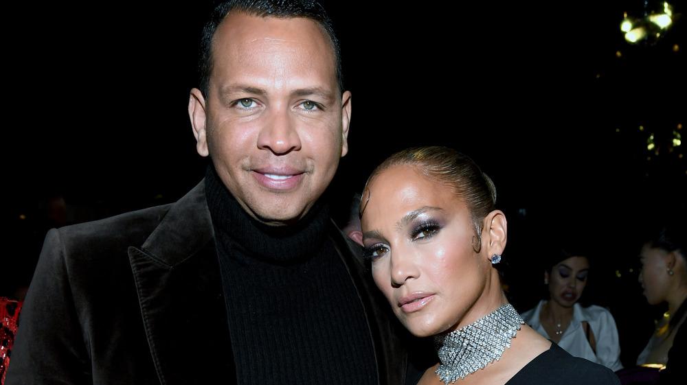 Alex Rodríguez y Jennifer Lopez asisten al show de Tom Ford en 2020