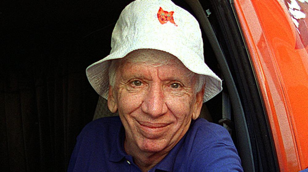 Bob Denver con sombrero Gilligan