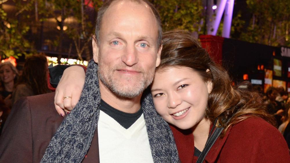 Woody Harrelson y su hija Zoe Harrelson
