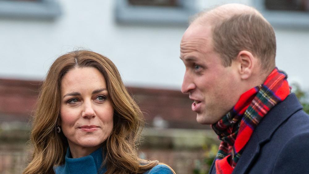 Kate Middleton y el príncipe William en serio