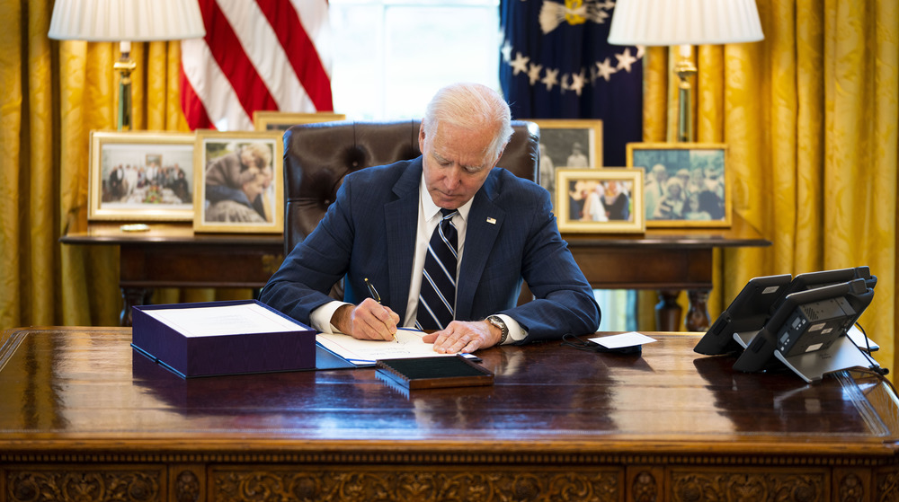 Escritorio resuelto del presidente Joe Biden