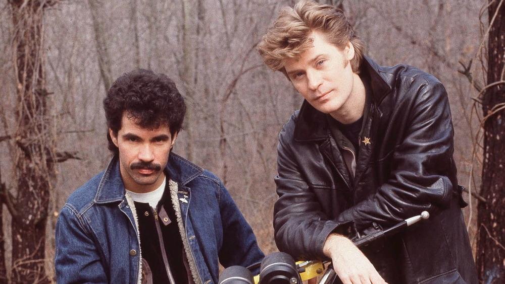 John Oates y Daryl Hall posando